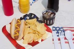 4ème du repas de hot dog de juillet Photographie stock libre de droits