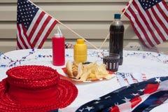 4ème du repas de hot dog de juillet Image libre de droits