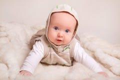 4个婴孩逗人喜爱的月 免版税库存照片