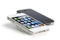 4个苹果黑色iphone查出的白色 免版税库存图片