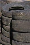 4个行被堆积的轮胎 图库摄影