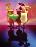 4份饮料愉快的伞 库存图片