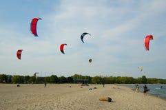 4只风筝冲浪 库存照片