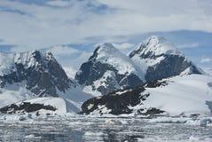 4座南极洲山 免版税图库摄影