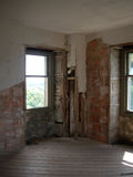 4座城堡老视窗 免版税库存照片
