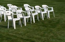 4把椅子倒空 库存图片