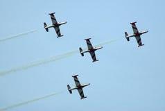 4架飞机攻击形成 免版税图库摄影
