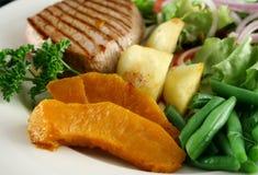 4棵牛排蔬菜 免版税库存图片