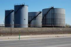 4 δεξαμενές πετρελαίου Στοκ Εικόνες