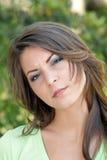 4 όμορφες υπαίθριες νεολαίες brunette headshot Στοκ Εικόνα