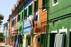4 дома покрашенных городом тысячи burano Стоковое Изображение RF