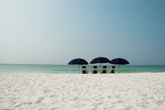 4 зонтика пляжа Стоковая Фотография