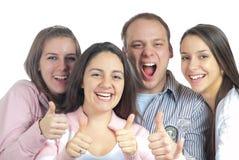 4 люд показывая большие пальцы руки поднимают детенышей Стоковая Фотография