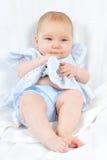 4 behandla som ett barn nätt white för månadstående Royaltyfria Foton