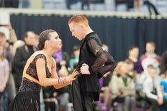 4 belarus par dansar unidentified minsk Royaltyfri Fotografi