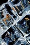 4 cubos de hielo macros Imagen de archivo libre de regalías