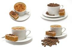4 cuvettes de café de Cappachino avec le gâteau de café Photo libre de droits
