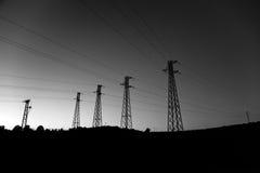 4 de cuttent torens van de kabel stock afbeelding