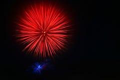 4. der Juli-Feuerwerke Stockfotografie