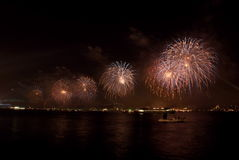4 feux d'artifice Images stock