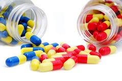 4 pills Fotografering för Bildbyråer