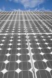 4 sol- paneler Arkivfoton