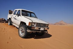 4 spingono dentro il deserto del rum dei wadi Fotografie Stock