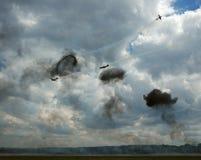 4 vliegtuigen met rook stock afbeelding