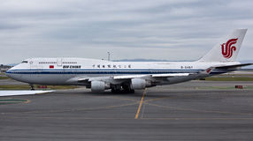 400 747 air det boeing porslinet Royaltyfri Foto