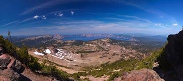 44个火山口湖megapixel全景 免版税库存照片