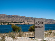 45th paralela em Nova Zelândia Fotografia de Stock Royalty Free