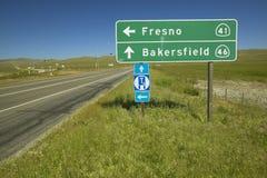 加利福尼亚州际高速公路46和41的交叉点,其中演员占士・甸在中一次车祸丧生20世纪50年代 免版税库存照片