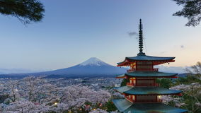 4K Day To Night Timelapse Of Mt. Fuji With Chureito Pagoda In Spring, Japan Royalty Free Stock Image