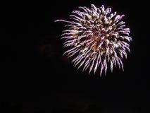 4to de la celebración de los fuegos artificiales de julio en los E.E.U.U. Fotografía de archivo libre de regalías