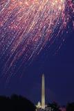4to de los fuegos artificiales 2 de julio Fotografía de archivo