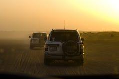 4wd沙漠徒步旅行队浏览 库存照片