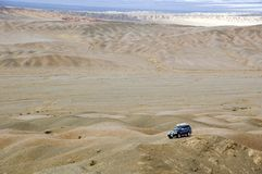 4WD in Gobi desert Royalty Free Stock Images