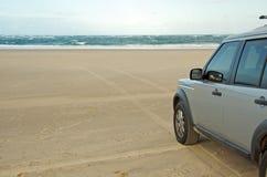 4x4 alla spiaggia Fotografia Stock Libera da Diritti