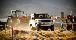 4x4 racing on the beach Royalty Free Stock Photography