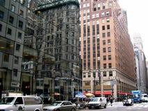 5ème Avenue. réflexion Photographie stock libre de droits