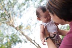 5个大婴孩中国女孩的月 免版税库存照片