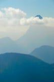 5座云彩山没有 免版税库存照片