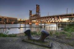 5座桥梁俄勒冈波特兰钢 库存照片