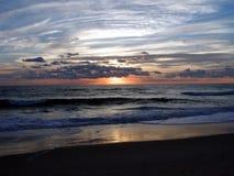 5海洋日出 免版税库存图片