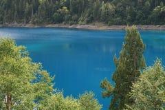 5蓝色jiuzhaigou水 免版税图库摄影