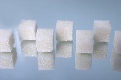 5 кубиков наваливают сахар Стоковая Фотография