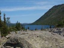5 средних нижних камней mult озера Стоковые Фото