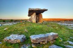 5 000 années de dolmen de Polnabrone Photo libre de droits