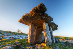 5 000 years old Polnabrone Dolmen in Burren Stock Photography