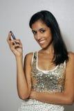 5 barn för telefon för skönhetcell multiracial Fotografering för Bildbyråer